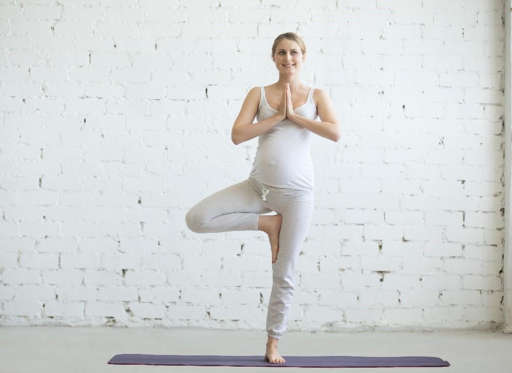 trudnica vežba jogu